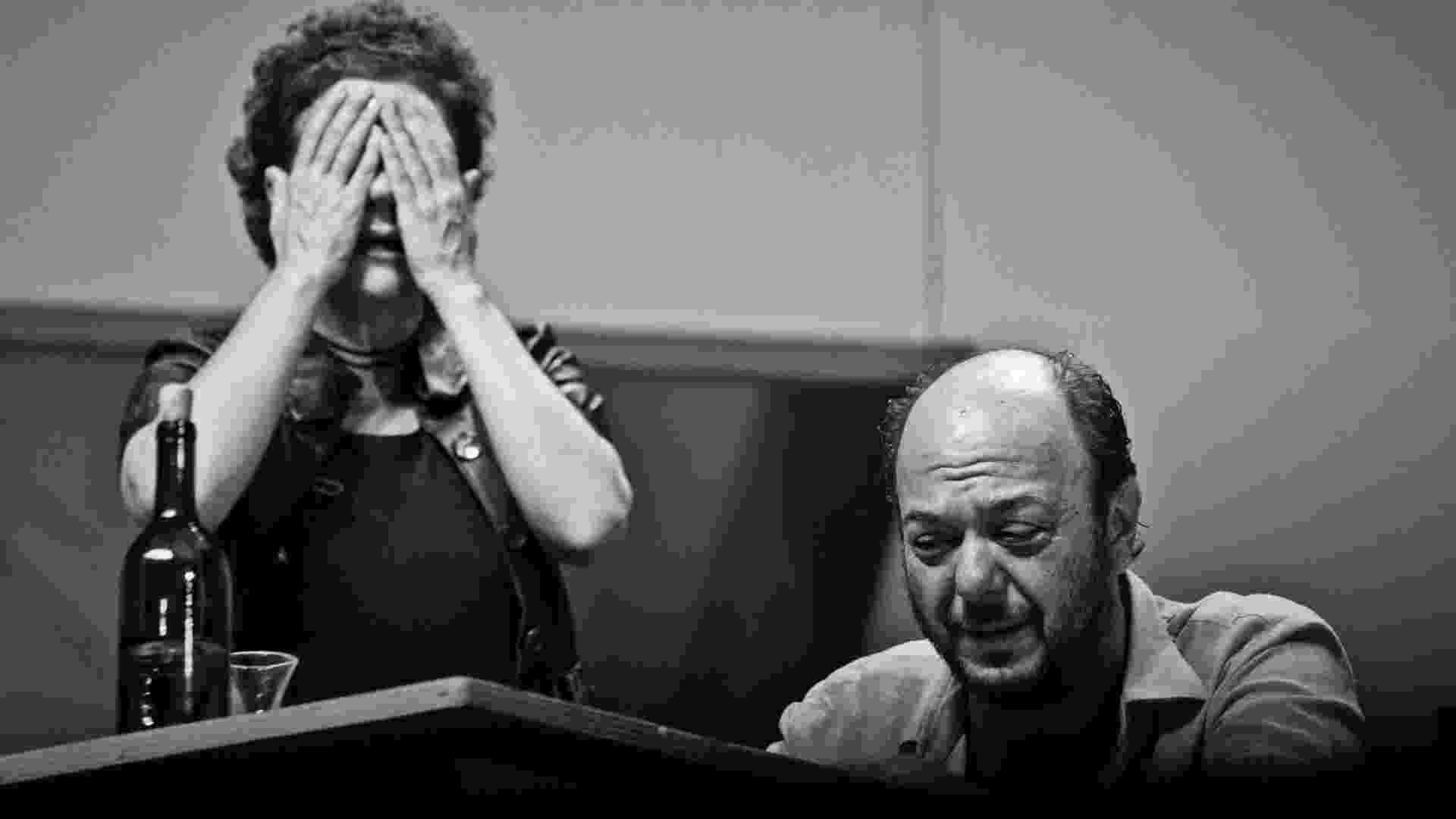 """Cena da peça """"Los Hijos se han dormido"""" da companhia Daniel Veronese da Argentina que terá apresentações no Festival Internacional de Teatro que acontece em Belo Horizonte, Minas Gerais (9/6/12) - Kika Antunes"""