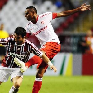 Jajá atuou os 90 min contra o Fluminense e ganhou elogio de Dorival Júnior após o empate no RJ