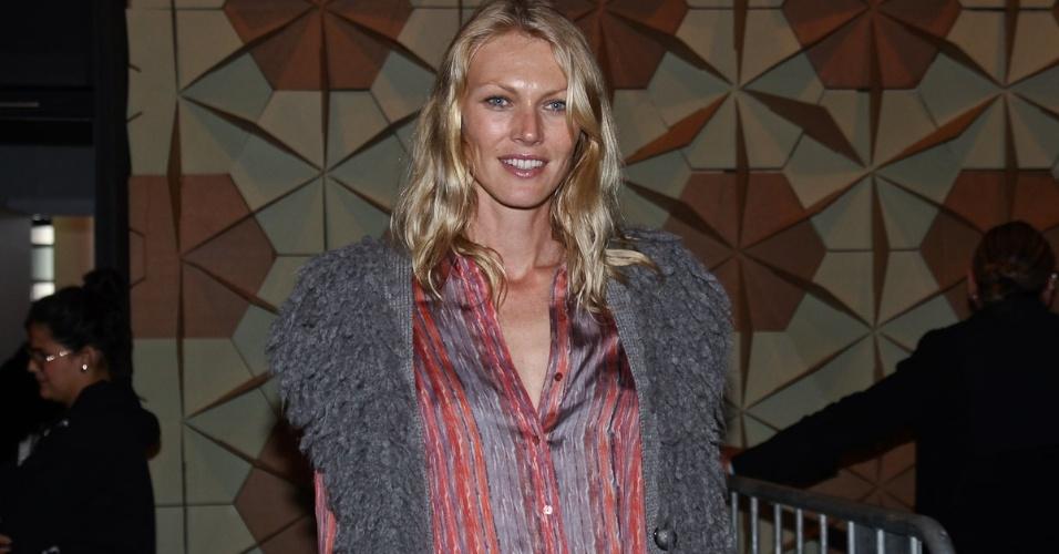 Modelo gaúcha Shirley Mallmann vai participar do primeiro dia de desfiles na SPFW Verão 2013