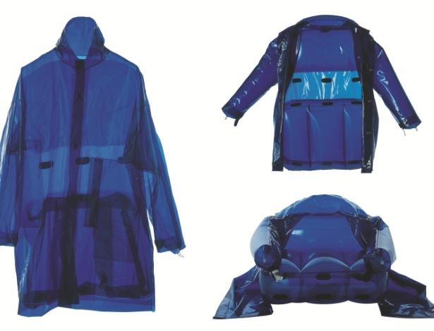 A jaqueta que se transforma  em uma poltrona inflável foi criada pelo italiano Moreno Ferrari, em 2001 - Divulgação
