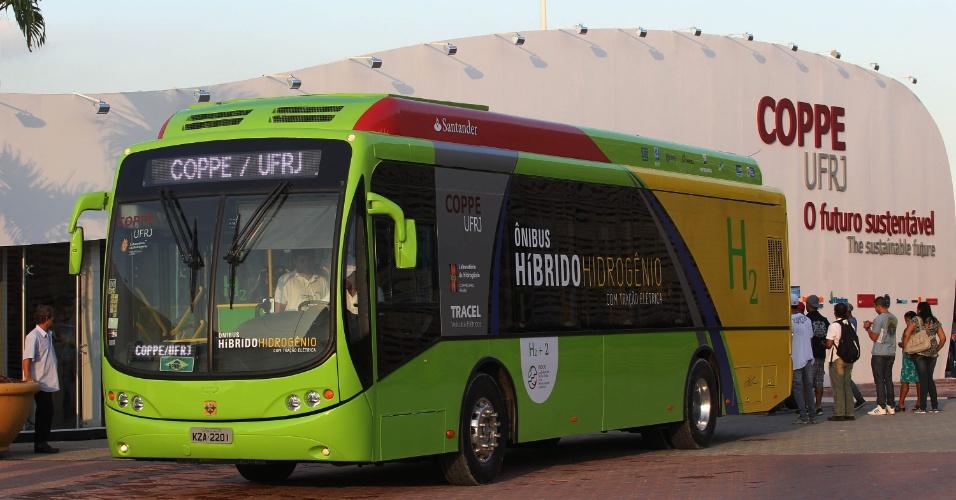 Ônibus híbrido a hidrogênio da Coppe/UFRJ é movido à energia elétrica obtida da rede convencional e da produzida pelo próprio motor do veículo, além de energia cinética
