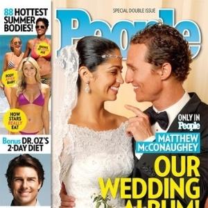 Revista exibe foto de Camila Alves e do ator Matthew McConaughey no dia do casamento (13/6/12)
