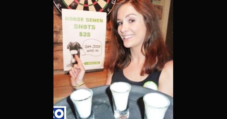 16.jun.2012 - Um bar na Nova Zelândia incluiu em seu menu de bebidas algo de virar o estômago de qualquer um: sêmen de cavalo com sabor maçã. O pub de Wellington oferece o shot de 30 ml por R$ 30