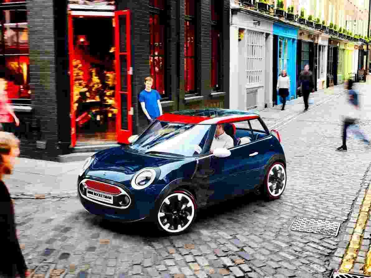 A Mini apresentou nesta quinta-feira (14) o conceito Rocketman, compacto criado pela marca em homenagem aos jogos Olímpicos de Londres, que acontecem entre 27 de julho e 12 agosto deste ano. O modelo, que alia praticidade com estilo clássico, ficará exposto no pavilhão da BMW na vila olímpica - Divulgação