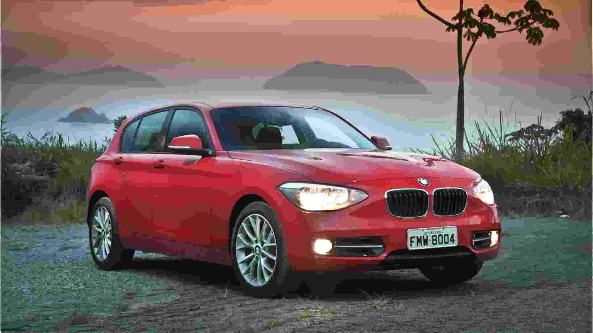 BMW 118i Sport é o topo da gama do hatch da marca bávara - Divulgação