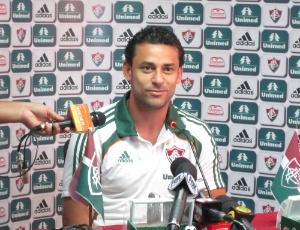 Fred ressaltou trajetória no Fluminense e carinho pelo clube ao explicar sua permanência no país
