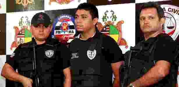 Jhonatan de Sousa Silva (ao centro) mudou seu depoimento, afirmando ter assumido crime sob ameaças - Divulgação / SSPMA