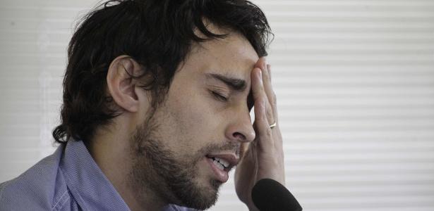 Valdivia dá entrevistas durante esta quinta-feira na Academia de Futebol