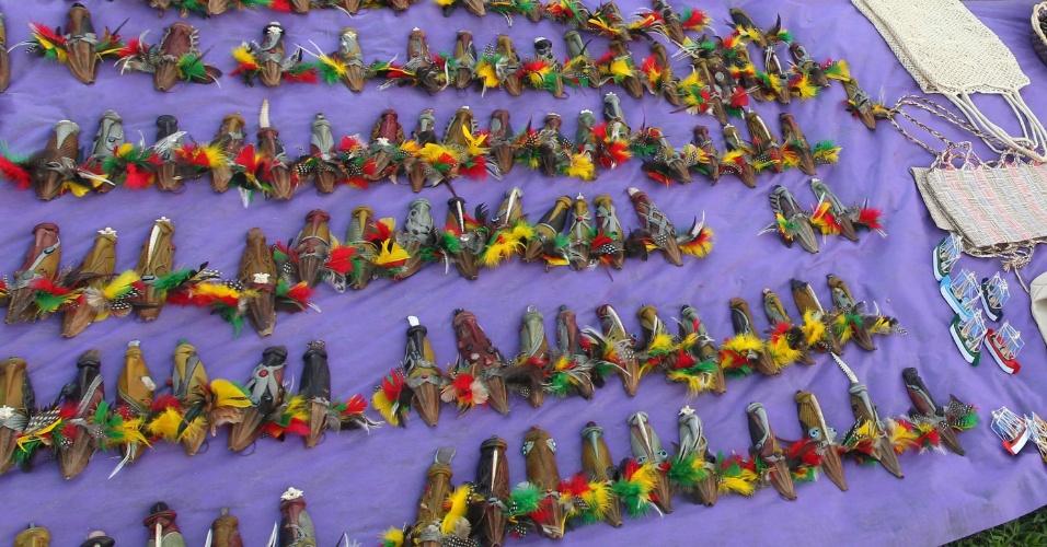 15.jun.2012 - Algumas peças vendidas pelos índios chegam a custar R$ 1 mil
