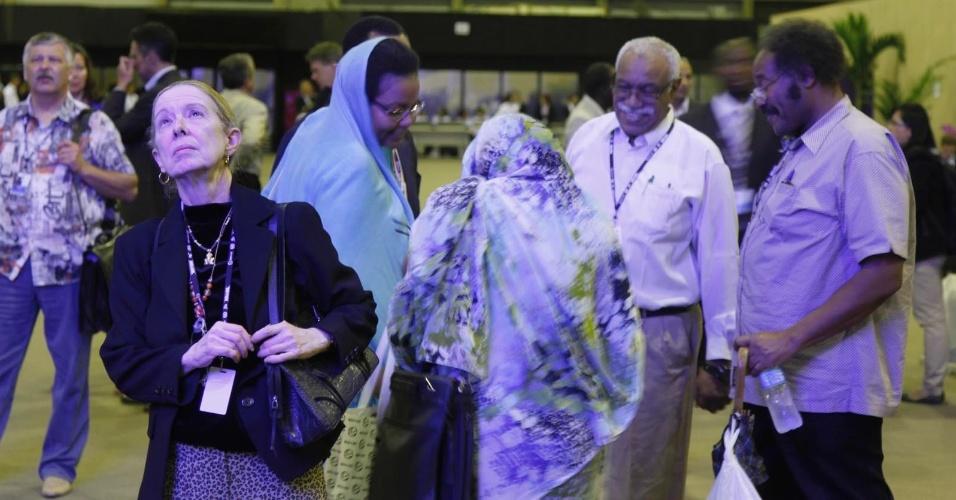 15.jun.2012 - Congressistas se reúnem durante Rio+20