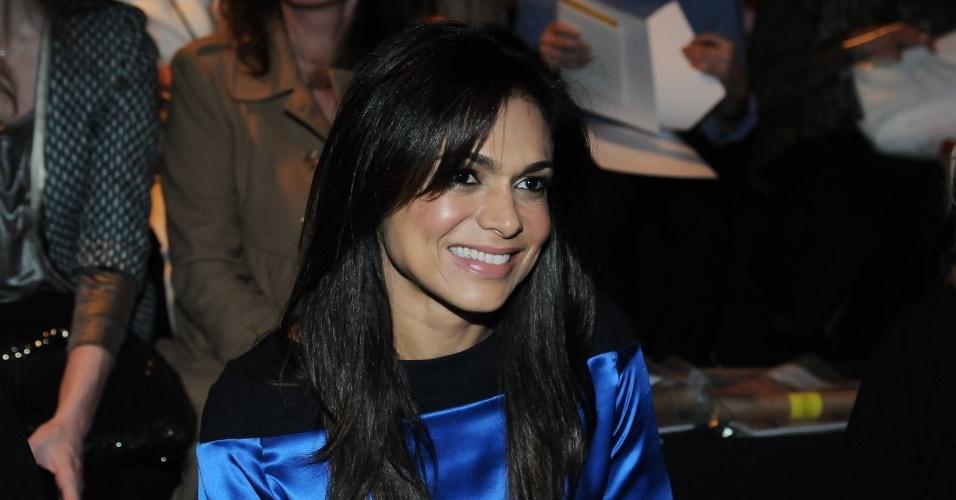 A jornalista Rosana Jatobá conferiu o quinto dia de desfiles da São Paulo Fashion Week (15/6/12)