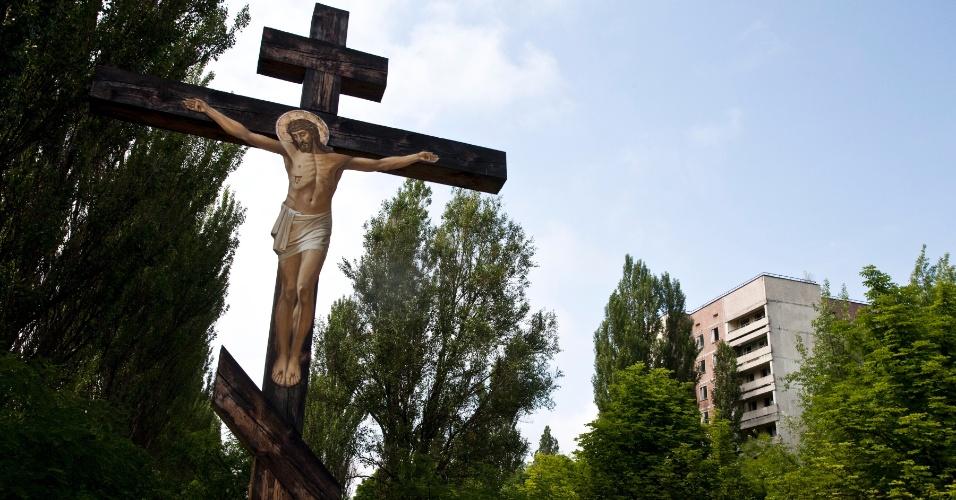 Imagem cristã em Pripyat, cidade abandonada após o desastre nuclear em Chernobyl