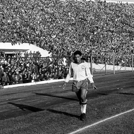 O ponta-direita Mané Garrincha foi destaque do time brasileiro em 62 - Acervo UH/Folhapress