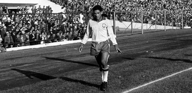 O ponta-direita Mané Garrincha foi destaque do time brasileiro em 62
