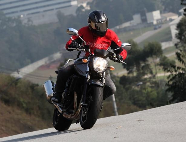 Bandit 2012 ganhou leves alterações no desenho, mas manteve as características de sempre - Doni Castilho/Infomoto