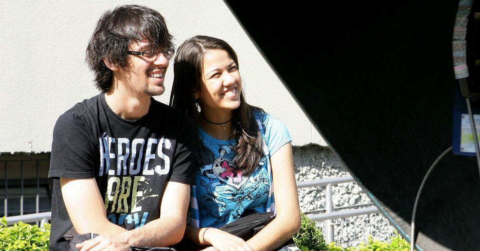 Luis Felipe, 16, e Ana Lucia, 17, fazem o vestibular de inverno da PUC SP como treineiros. Eles pretentem fazer o curso de direito