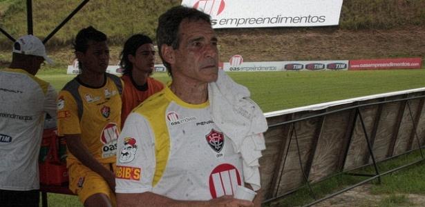 Hoje no Bahia, Carpegiani comandou o Vitória duas vezes e quase retornou recentemente ao Barradão