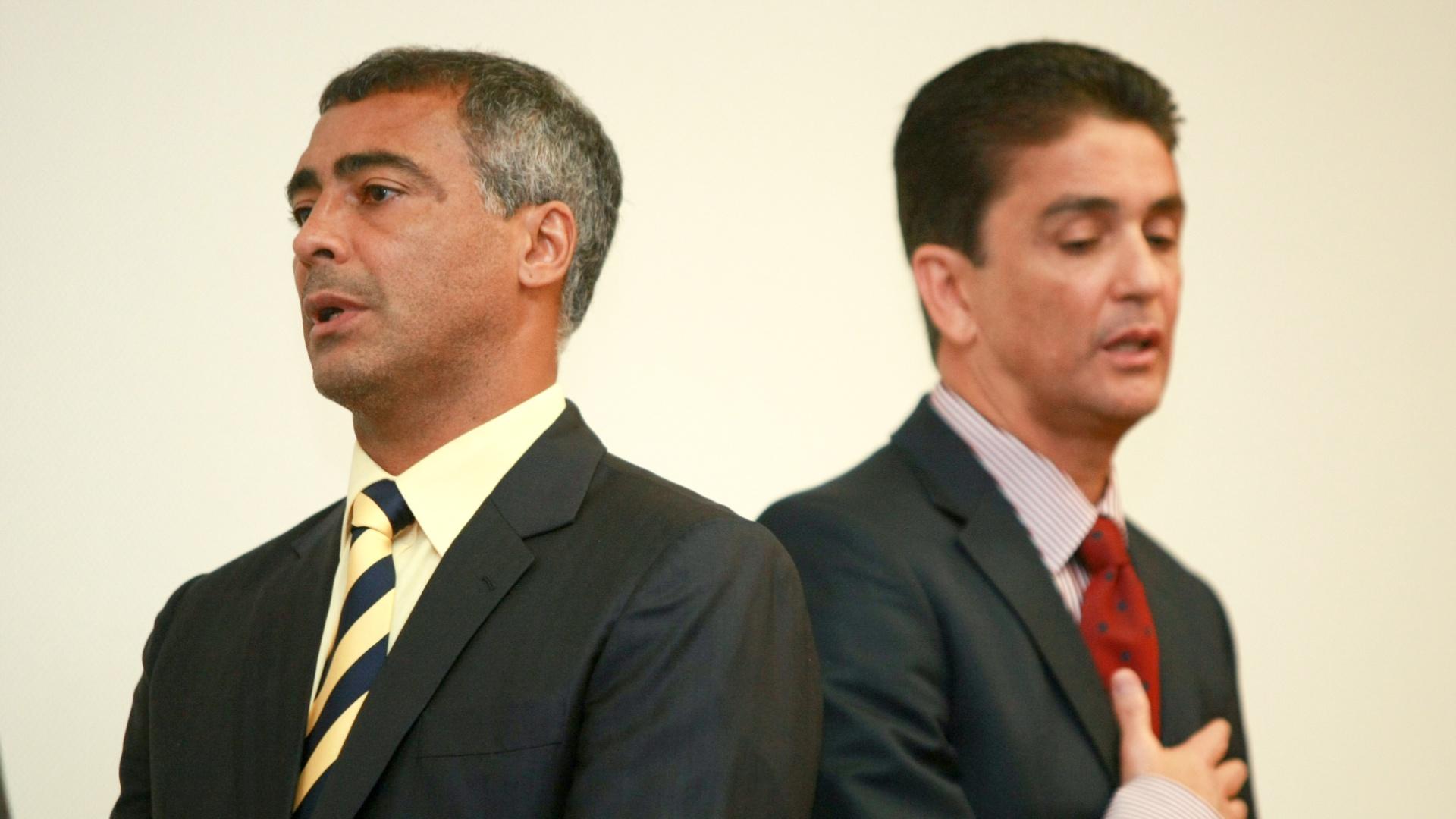 Romário e Bebeto em evento do COL (16/05/2012)