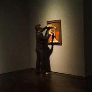 Vândalo não-identificado picha quadro de Pablo Picasso em museu de Houston - Reprodução