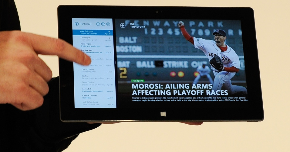 A versão do Surface com Windows 8 Pro também terá o mesmo tamanho de tela, mas com espessura maior (13,5 mm), mais pesado (903 gramas) e com autonomia de bateria um pouco maior