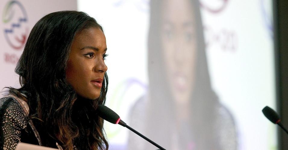 20.jun.2012 - A atual Miss Universo, Leila Lopes, participa de coletiva sobre a redução de emissão de gases de efeito estufa na Rio+20, Conferência da ONU sobre Desenvolvimento Sustentável.