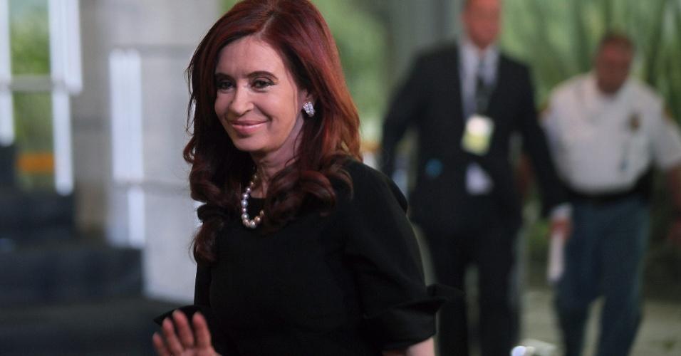 20.jun.2012 - A presidente da Argentina, Cristina Kirchner, chega ao Rio de Janeiro para participar da Rio+20