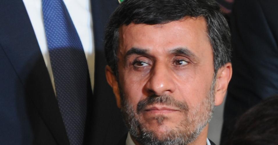 """20.jun.2012 - Mahmoud Ahmadinejad, presidente do Irã, participou da Rio+20 e, em discurso rápido, pediu """"compaixão para enfrentar a crise"""""""