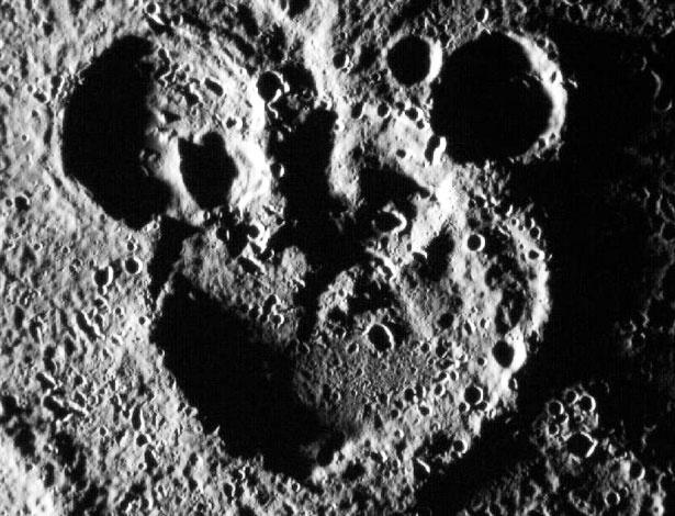 Orelhas do Mickey Mouse em Mercúrio