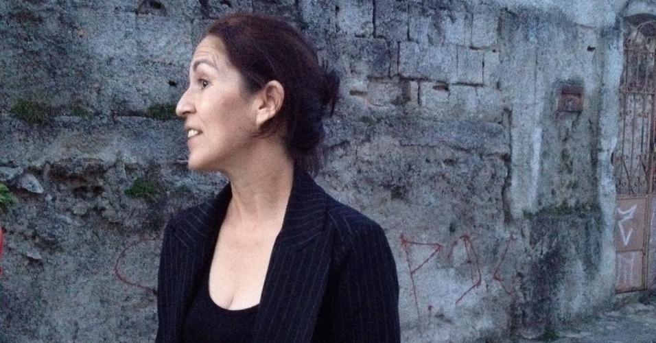 21.jun.2012 - Sônia Moura, mãe de Eliza Samudio, ex-amante do goleiro Bruno Souza e que está desaparecida desde junho de 2010, afirmou ter recebido uma carta contendo dados sobre a possível localização do corpo da filha