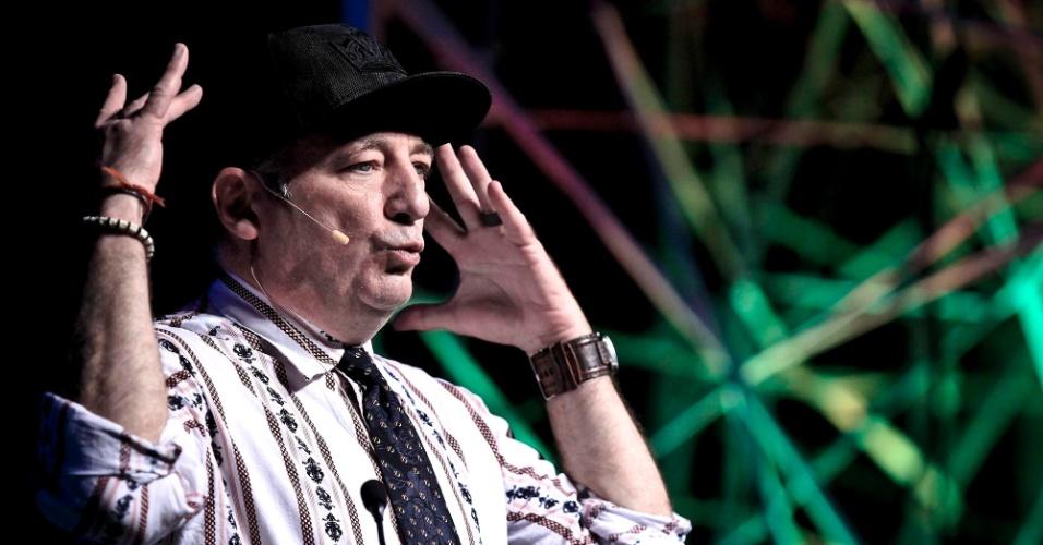 Paul Zaloom, ator protagonista do ''Mundo de Beakman'', série de TV sobre ciência para crianças e adolescentes que fez sucesso nos anos 90