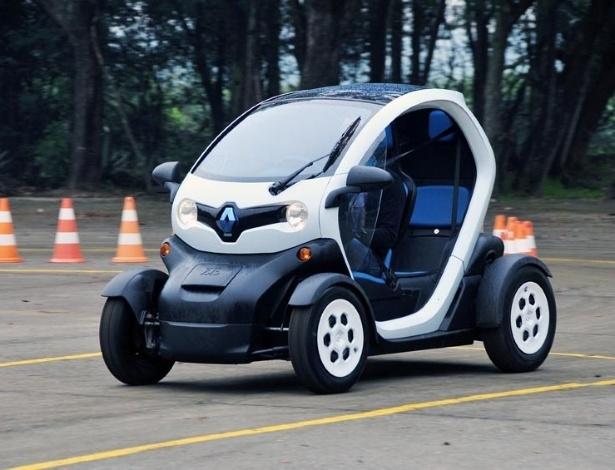 Elétricos como o Renault Twizy, mostrado na Rio+20 há dois meses, são pouco viáveis para o Brasil - Divulgação
