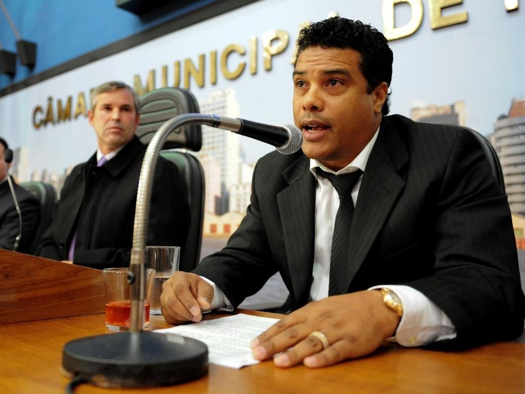 Roberto de Assis Moreira, empresário e irmão de R10, em depoimento na CPI do Instituto Ronaldinho Gaucho em Porto Alegre(21/06/2012)