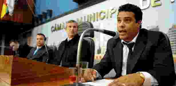 Assis, irmão e empresário do Ronaldinho Gaúcho - Jonathan Heckler/Divulgação Câmara de Vereadores de Porto Alegre - Jonathan Heckler/Divulgação Câmara de Vereadores de Porto Alegre