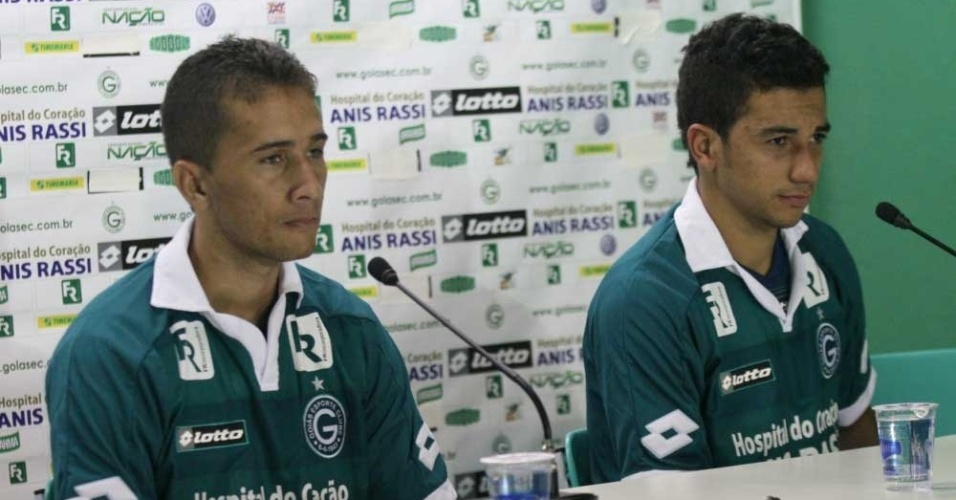 Léo Silva e Renan Oliveira concedem a primeira entrevista coletiva como jogadores do Goiás