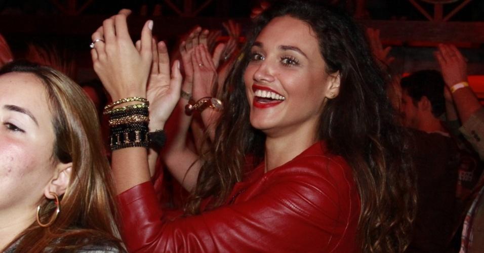 Débora Nascimento dança quadrilha em festa em Gravatá, em Pernambuco (22/6/12), Em