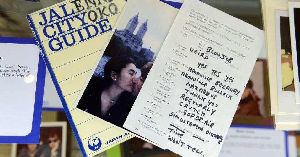 Cartão postal escrito por John Lennon em leilão da casa Julien em Los Angeles (23/6/12)