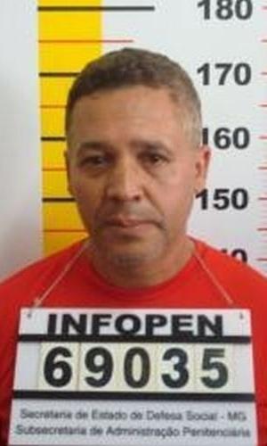 Ficha de identificação de Marcos Aparecido dos Santos, vulgo Paulista ou Bola, na Penitenciária Nelson Hungria em Contagem (MG)