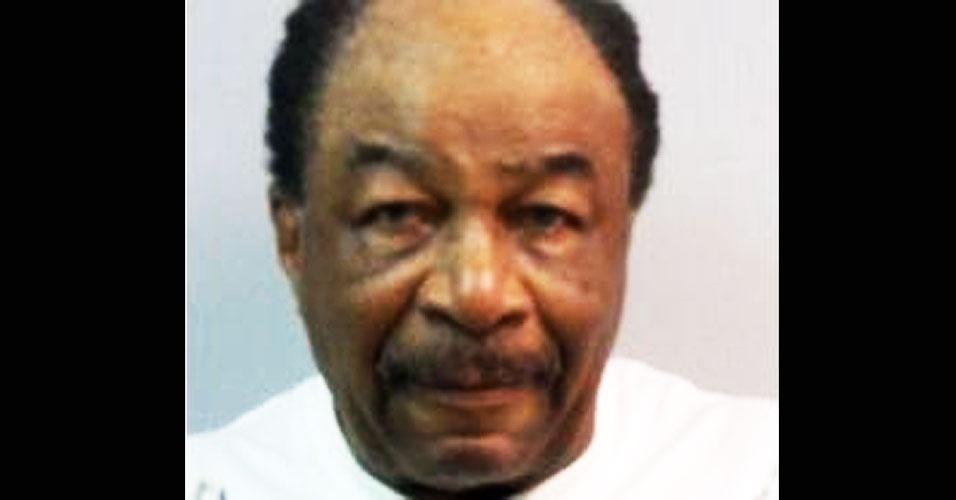 27.jun.2012 - O americano Daniel Collins Jr. (foto), de 72 anos, foi preso em Teaneck, nos Estados Unidos, após apontar uma arma de fogo para seu vizinho, que estaria soltando puns do lado de fora de casa