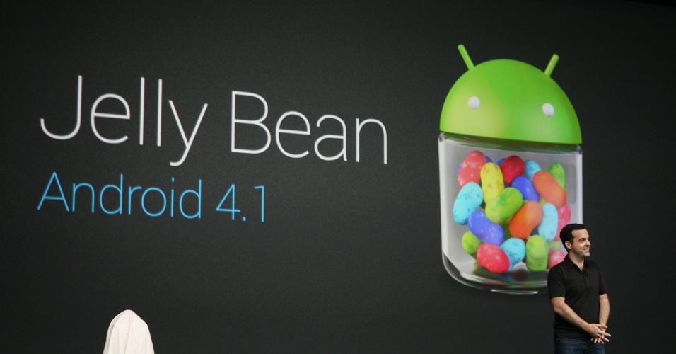 O Google apresentou a próxima versão do sistema móvel da empresa, apelidada de Jelly Bean (Android 4.1), durante sua conferência anual de desenvolvedores, a Google I/O. O sistema chega a alguns dispositivos em meados de julho, mas já está disponível para desenvolvedores que quiserem estudá-lo a partir de hoje