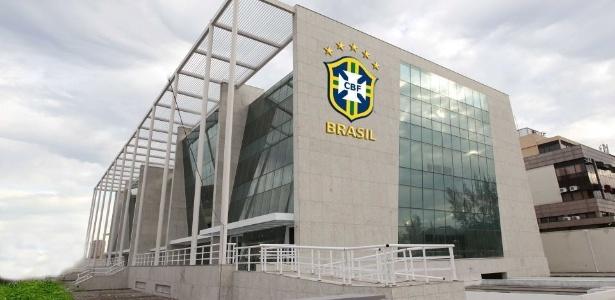 Prédio da nova sede da CBF; montagem põe escudo da entidade no imóvel