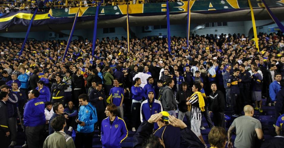Torcida do Boca Juniors lota o estádio La Bombonera para o primeiro jogo da final da Libertadores contra o Corinthians