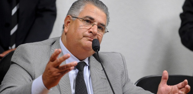 Claudio Monteiro, da Secopa-DF: MP quer demissão e R$ 2,8 mi de entradas para Brasil e Japão de volta