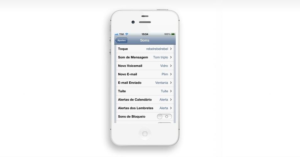 Configure um tom para cada coisa. Você pode ter sons de alerta diferentes para várias funções do telefone. Vá para Ajustes > Sons e escolha, no final da lista, os toques que deseja para cada recurso
