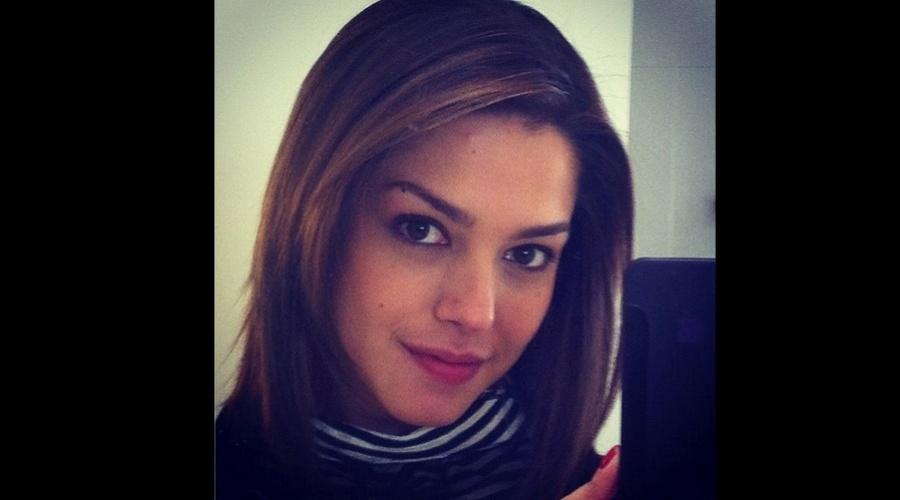 Thais Fersoza voltou a ficar morena. A atriz divulgou nesta quinta uma imagem do novo visual (28/6/12)