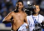 'Comportado' dentro e fora de campo, Ronaldinho Gaúcho completa um mês de Atlético-MG