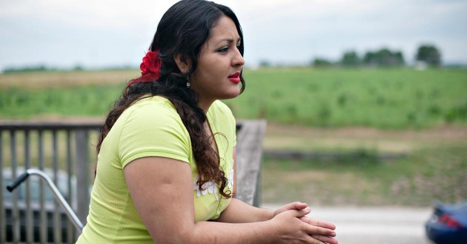 A norte-americana Vanessa Espinoza, 19, diz não ser capaz de comprometer-se a qualquer partido político. A nova geração parece menos entusiasmada com o presidente Barack Obama, dando à campanha de Mitt Romney uma oportunidade que ele pretende agarrar
