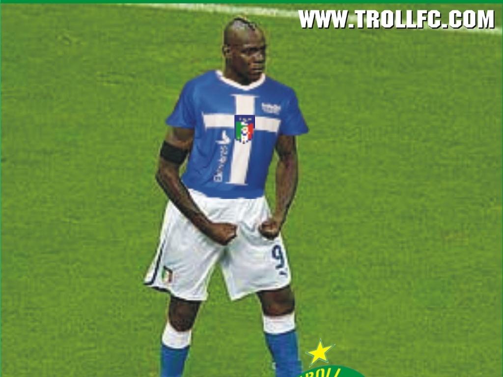 Balotelli faz homenagem aos vice-campeões