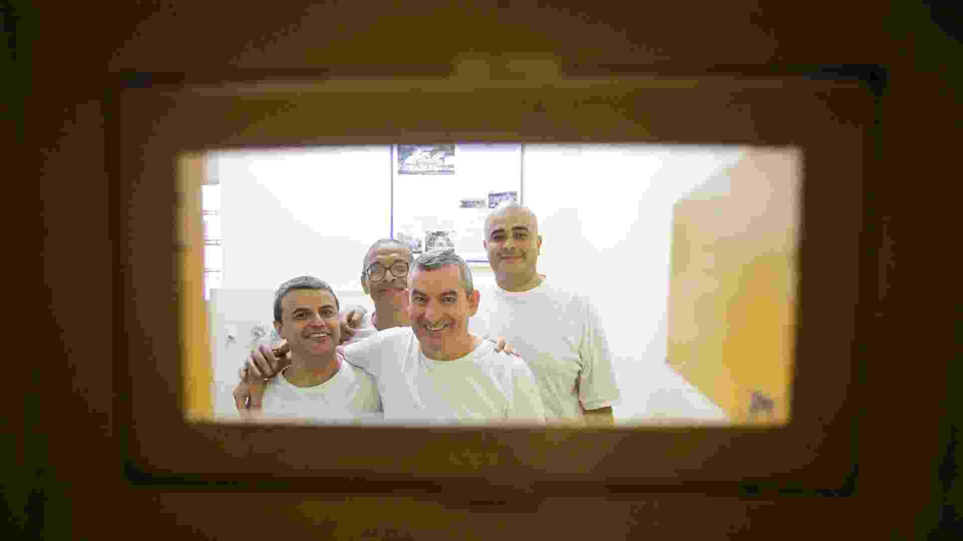 Da esquerda para a direita: Antonio Marcos de Freitas, 39, Venilton Leonardo Vinci , 52, Benedito Paulo Reis, 52, e Matheus Henrique Daniel, 30. - Fernando Donasci/UOL