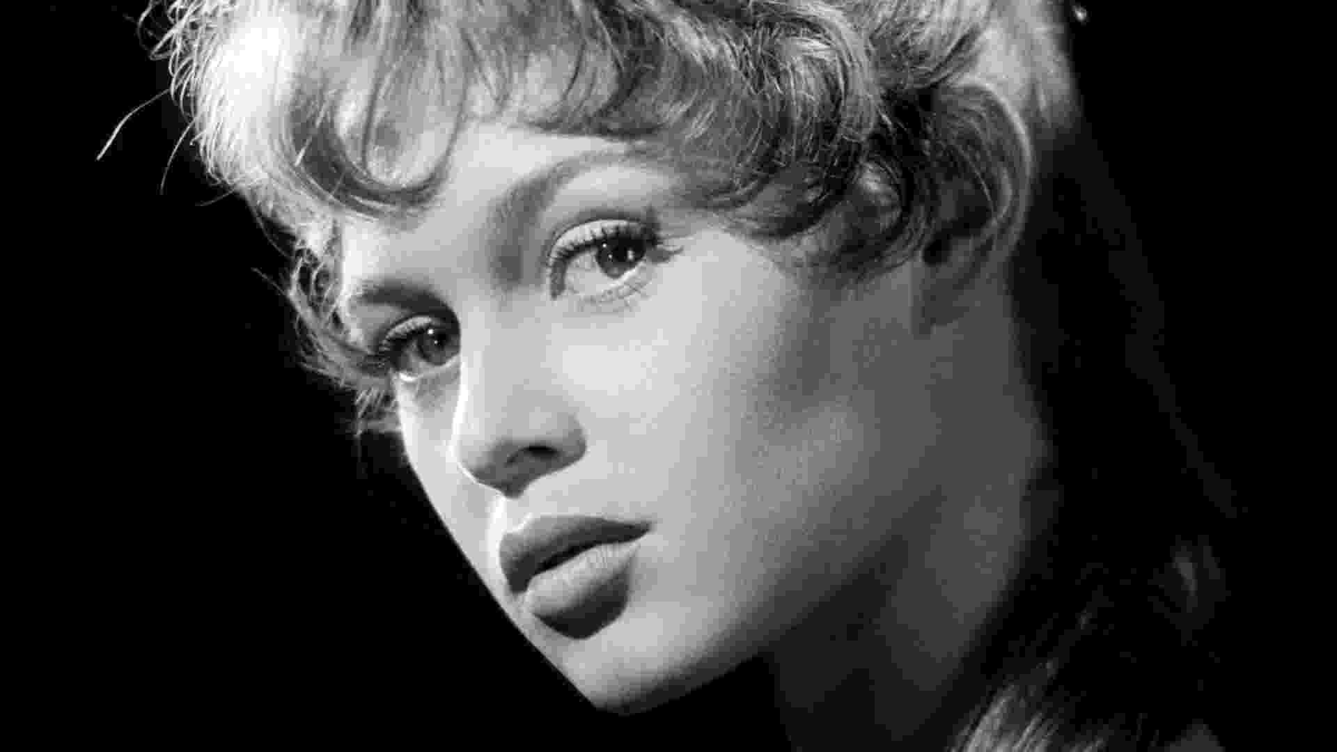 A foto em preto e branco de Brigitte Bardot está na exposição com imagens do estúdio Harcourt (3/7/12) - Divulgação
