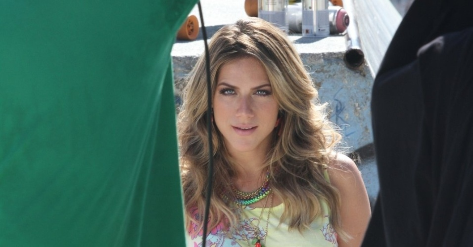 Após separação, Giovanna Ewbank faz ensaio fotográfico no Rio (3/7/2012)